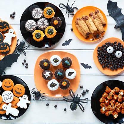 Per l'aperitivo di Halloween, stuzzichini con decorazioni originali