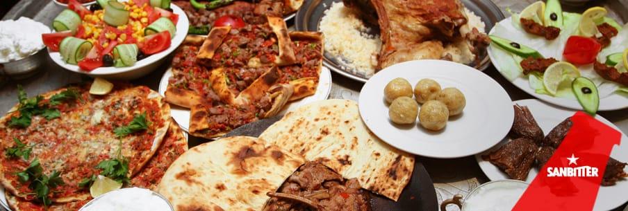 I segreti dell'aperitivo turco, i piatti e i sapori da provare raccontati da Sanbittèr