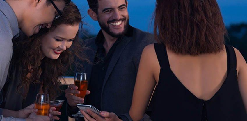 Aperitivi sempre più social: le app migliori