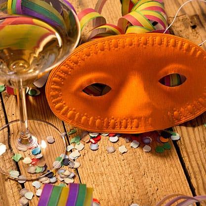 Cocktail Sanbittèr per rendere speciale l'aperitivo di Carnevale in casa