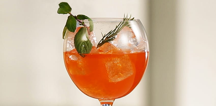 Cocktail Sanbittèr Rosemary Love
