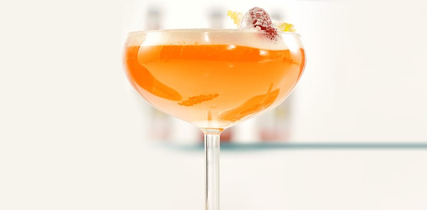Cocktail con passion fruit
