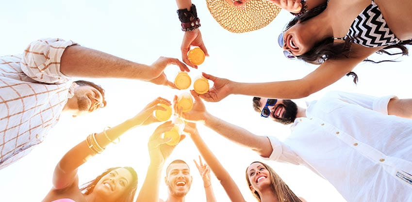 Consigli Sanbittèr su come preparare l'aperitivo dell'estate