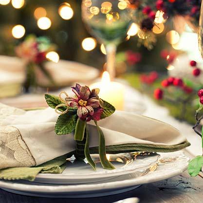 Decorazioni per la tavola di Natale, scopri le regole del galateo