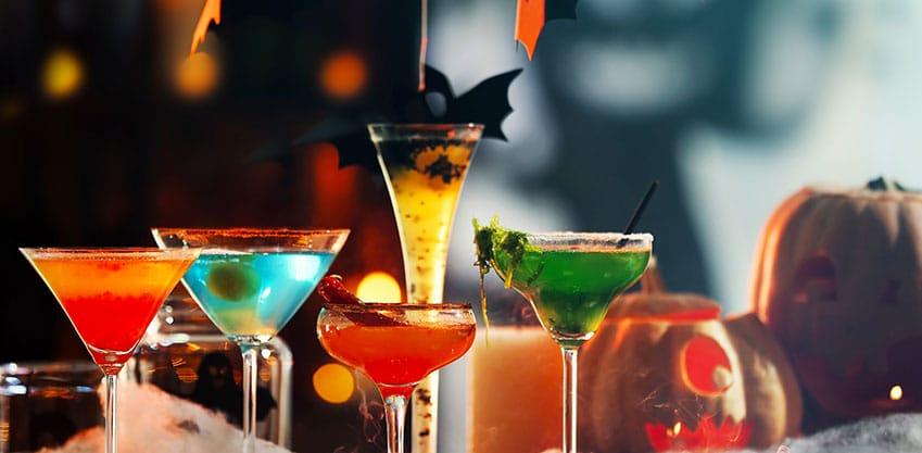 I drink di Halloween per un aperitivo mostruoso
