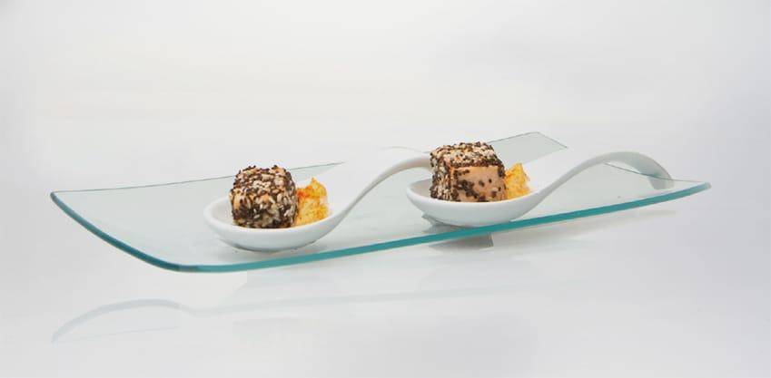 Cubo di salmone con maionese alla paprika