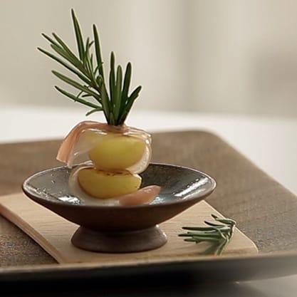 Spiedino profumato, appetizer veloce con patate e speck