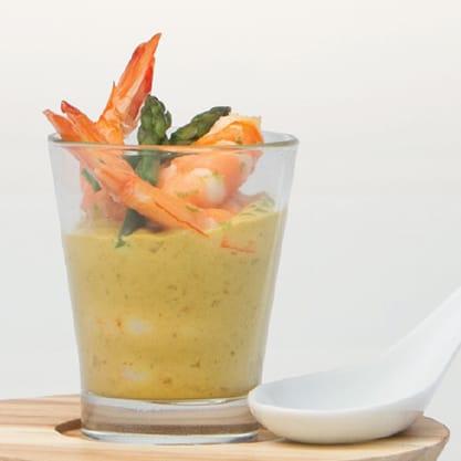 Bicchierini con gamberi in salsa di cocco