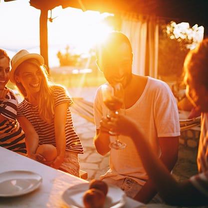 Locali all'aperto per aperitivo sulla spiaggia 2017