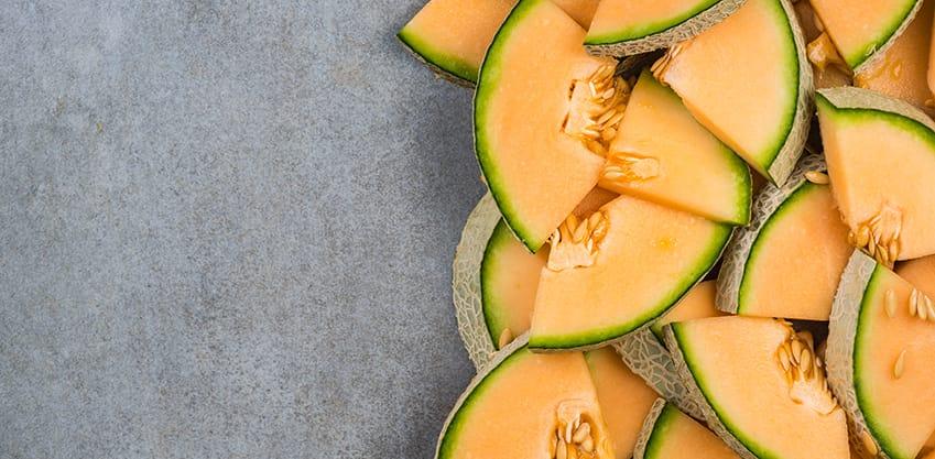 Fette di melone con semi