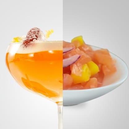 Tartare esotica accompagnata da Petit Paradis, drink con Emozioni Passion Fruti dal gusto estivo