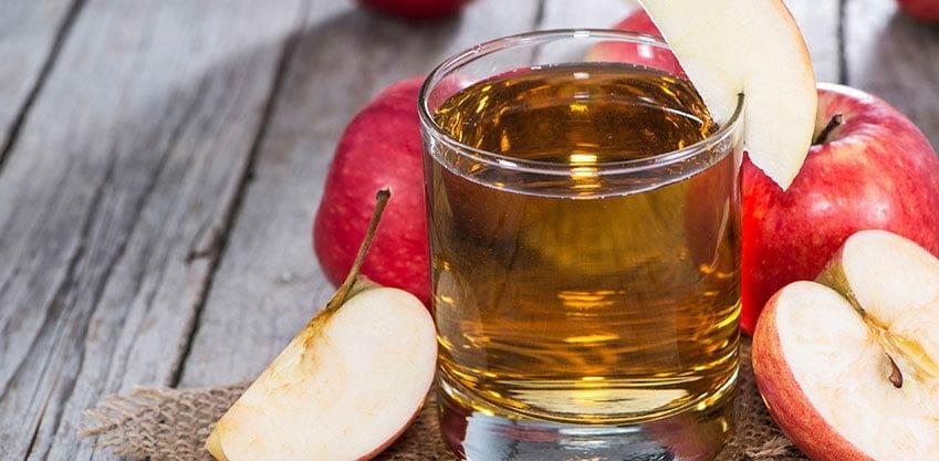Cocktail con il succo di mela: le ricette per l'aperitivo