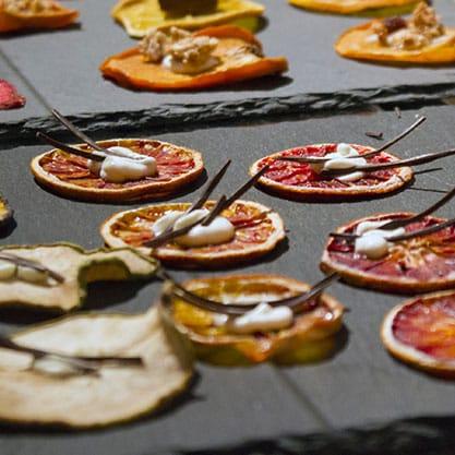 Le ricette per gli stuzzichini da abbinare a Sanbittèr Emozioni Ribes Nero