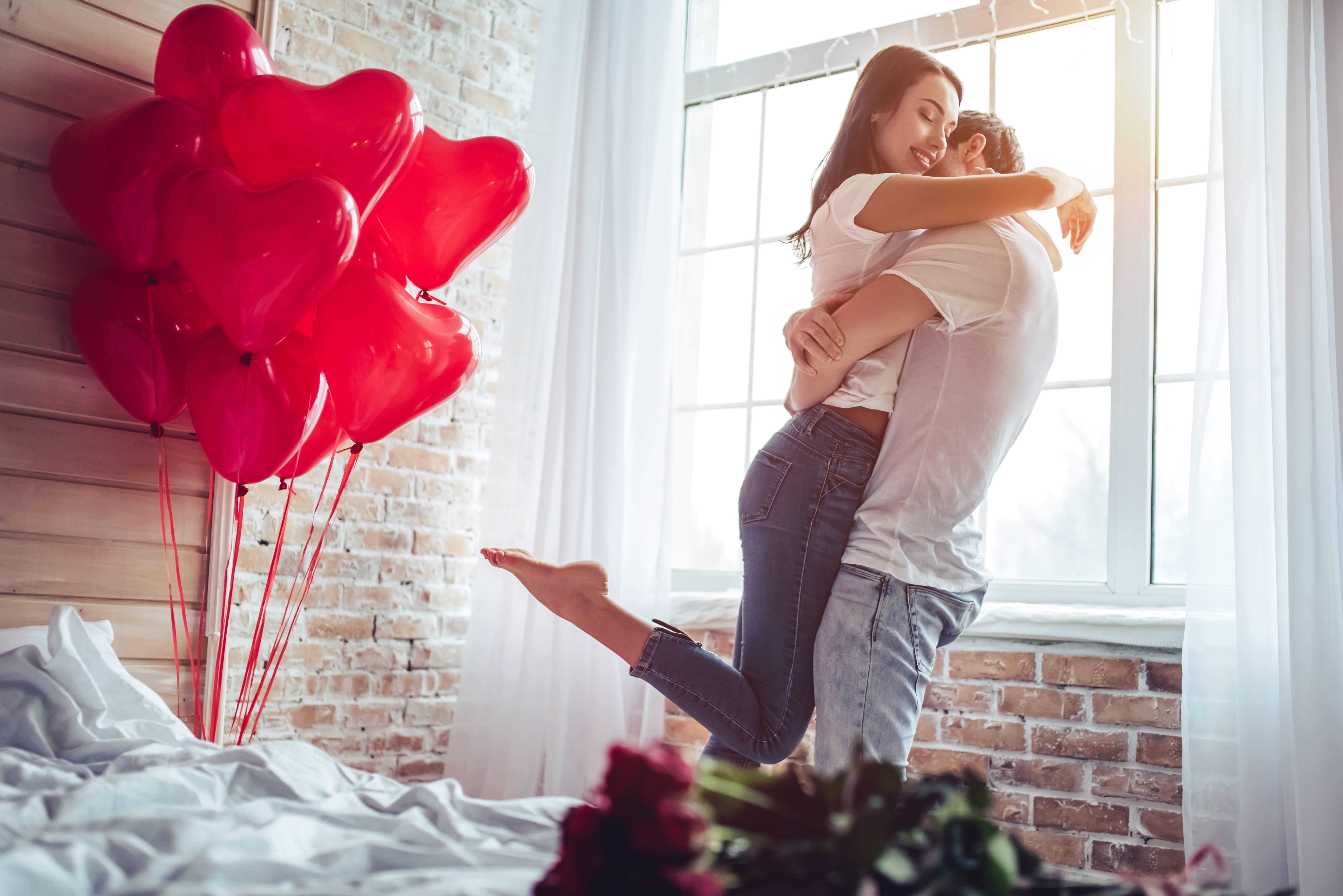 Rosso come San Valentino: conquistare con... un cocktail